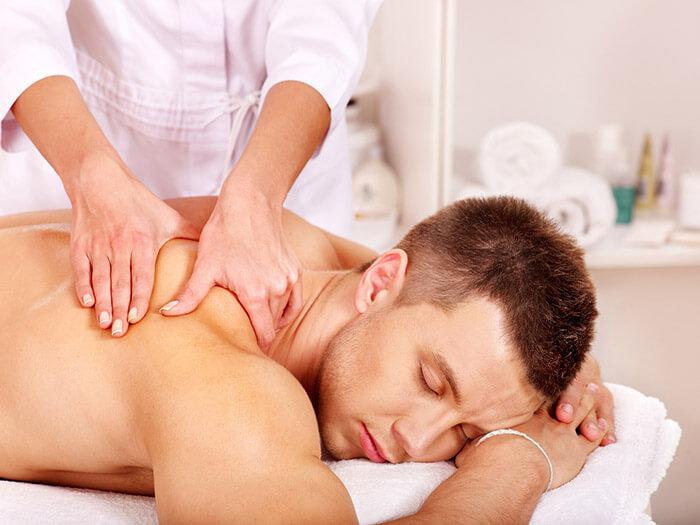 Лечебный массаж позвоночника при сколиозе