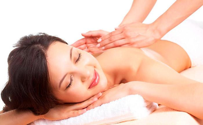 Оздоровительный массаж спины в салоне Акварель
