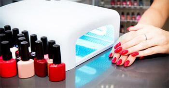 Ультрафиолетовая лампа для покрытия ногтей гель-лаком